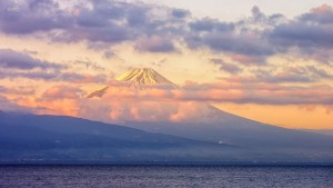 photo of mount Fuji hiding in the clouds