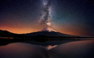 Awesome mount Fuji milky way picture
