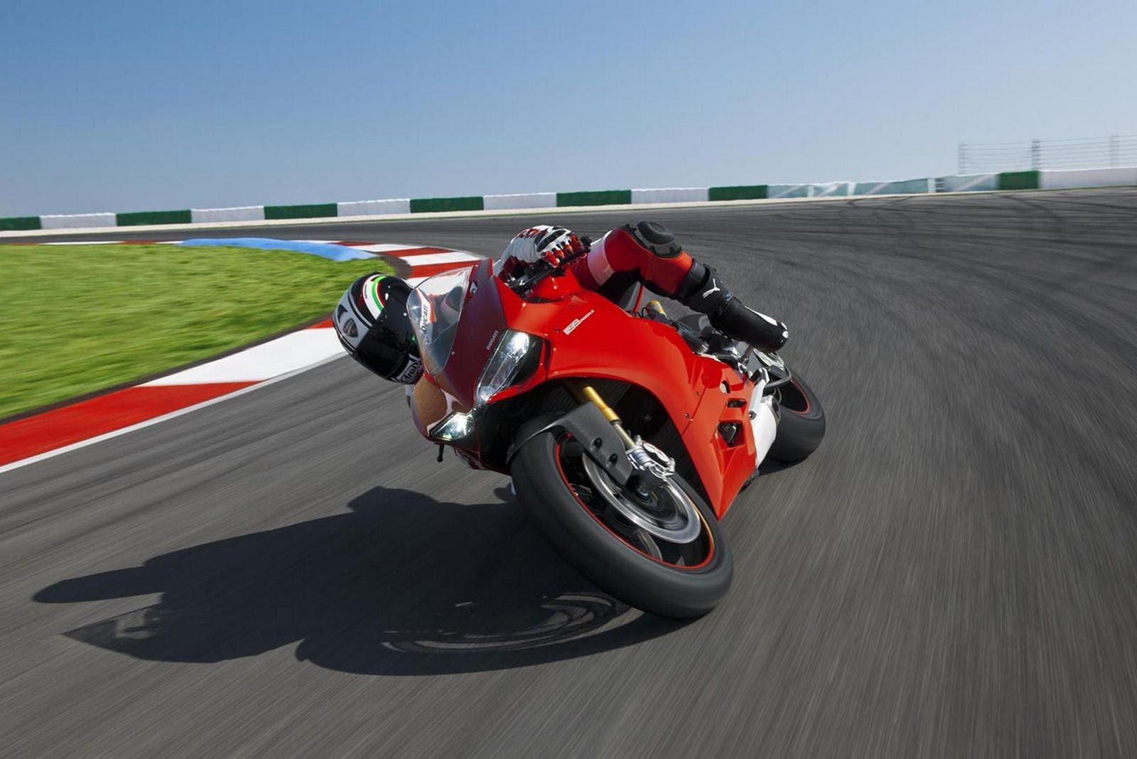 Ducati Panigale 1199 motion
