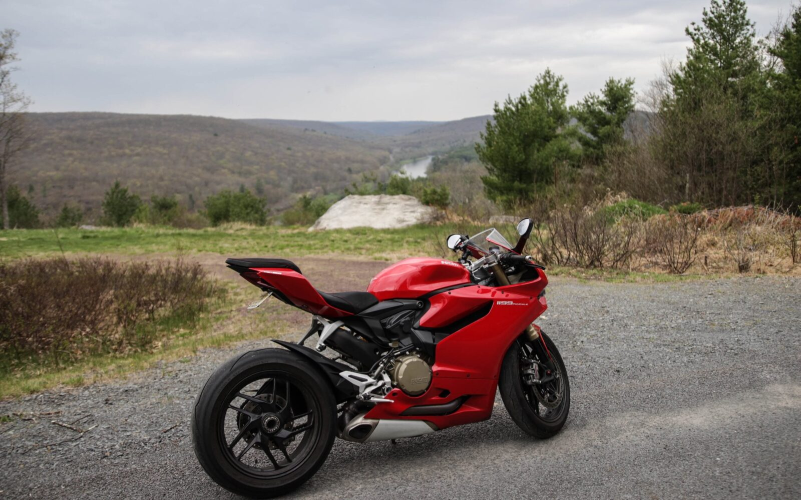 red Ducati 1199 Panigale High Resolution
