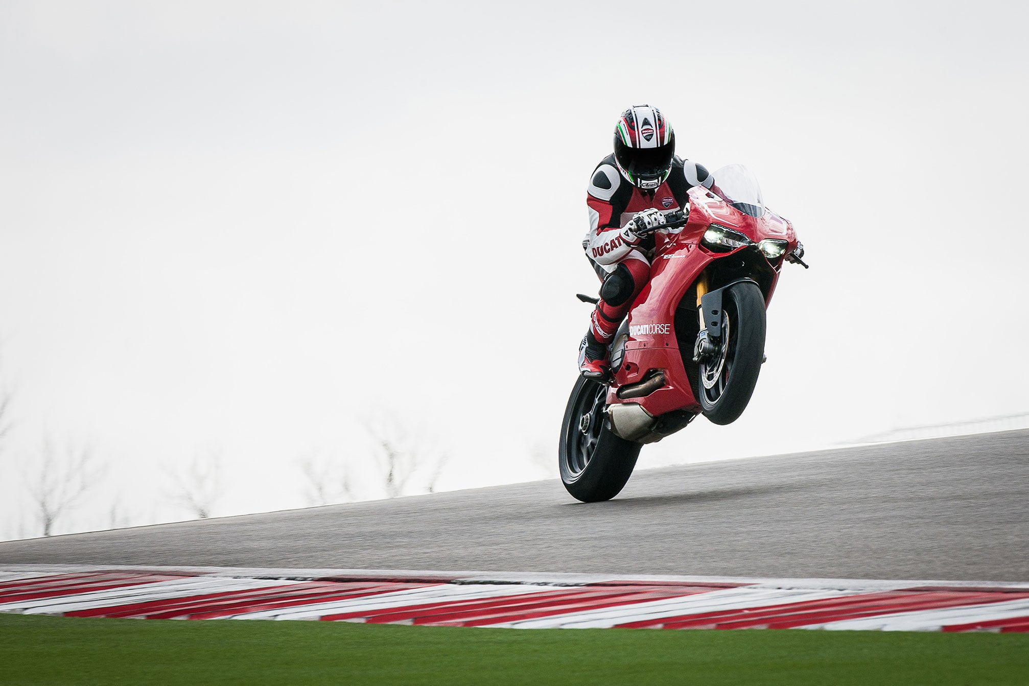Ducati Panigale 1199 images