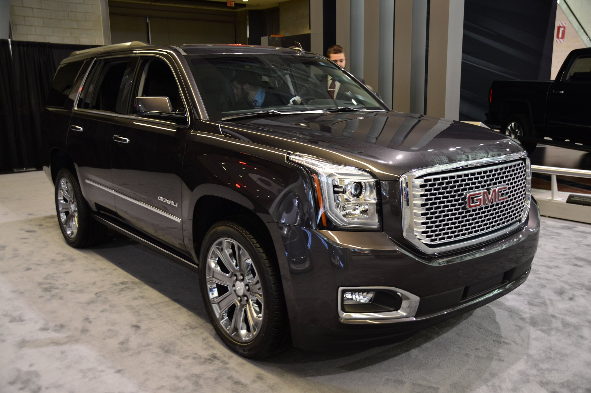 2016 gmc yukon denali wallpapers hd high resolution. Black Bedroom Furniture Sets. Home Design Ideas
