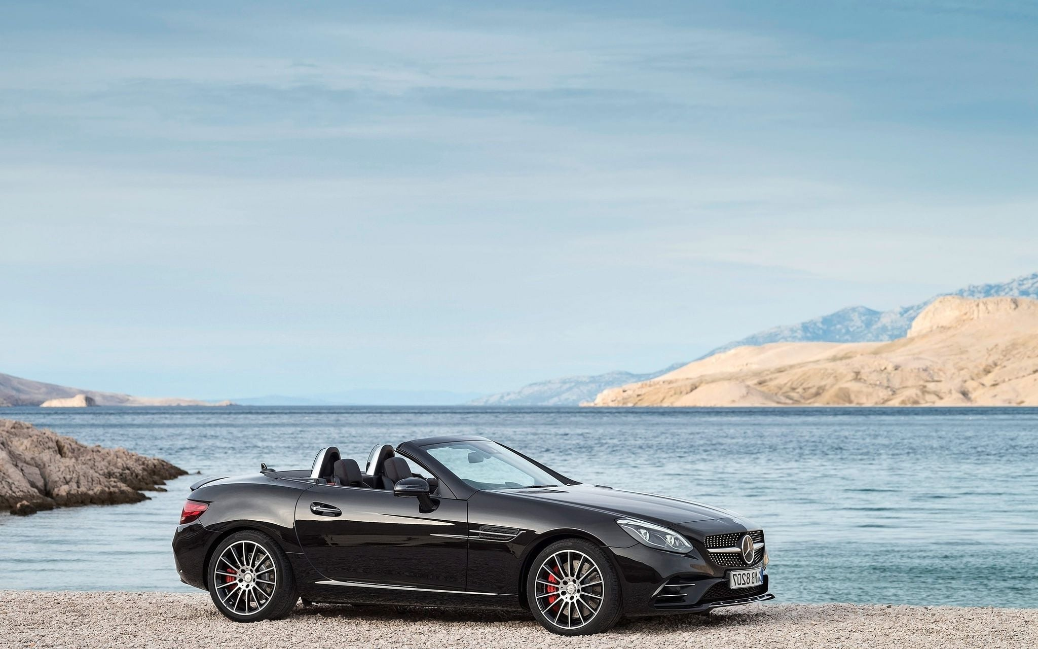 2016 Mercedes AMG SLC picture
