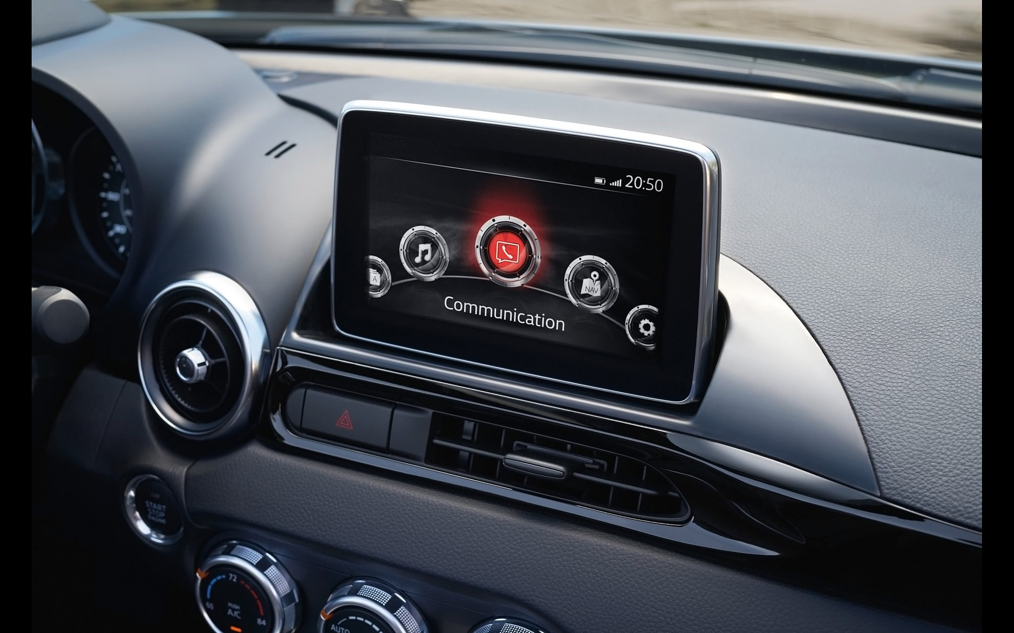 2017 Fiat 124 Spider interior front panel High Quality wallpapers