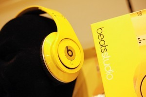 Beats By Dr Dre yellow HD images
