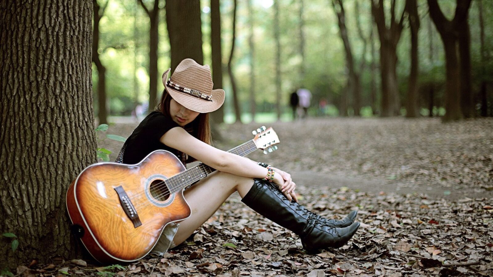 Love couple Guitar Wallpaper : Wallpapers Girl With Guitar HD Download