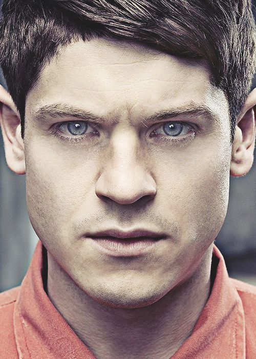 22 Iwan Rheon Wallpapers Hd Download Iphone Android