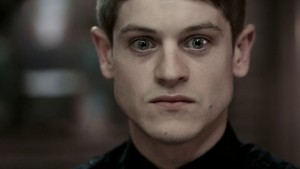 Iwan Rheon eyes pictures