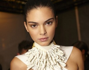 Kendall Jenner neck full HD image