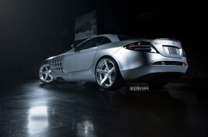 Mercedes Benz SLR McLaren background