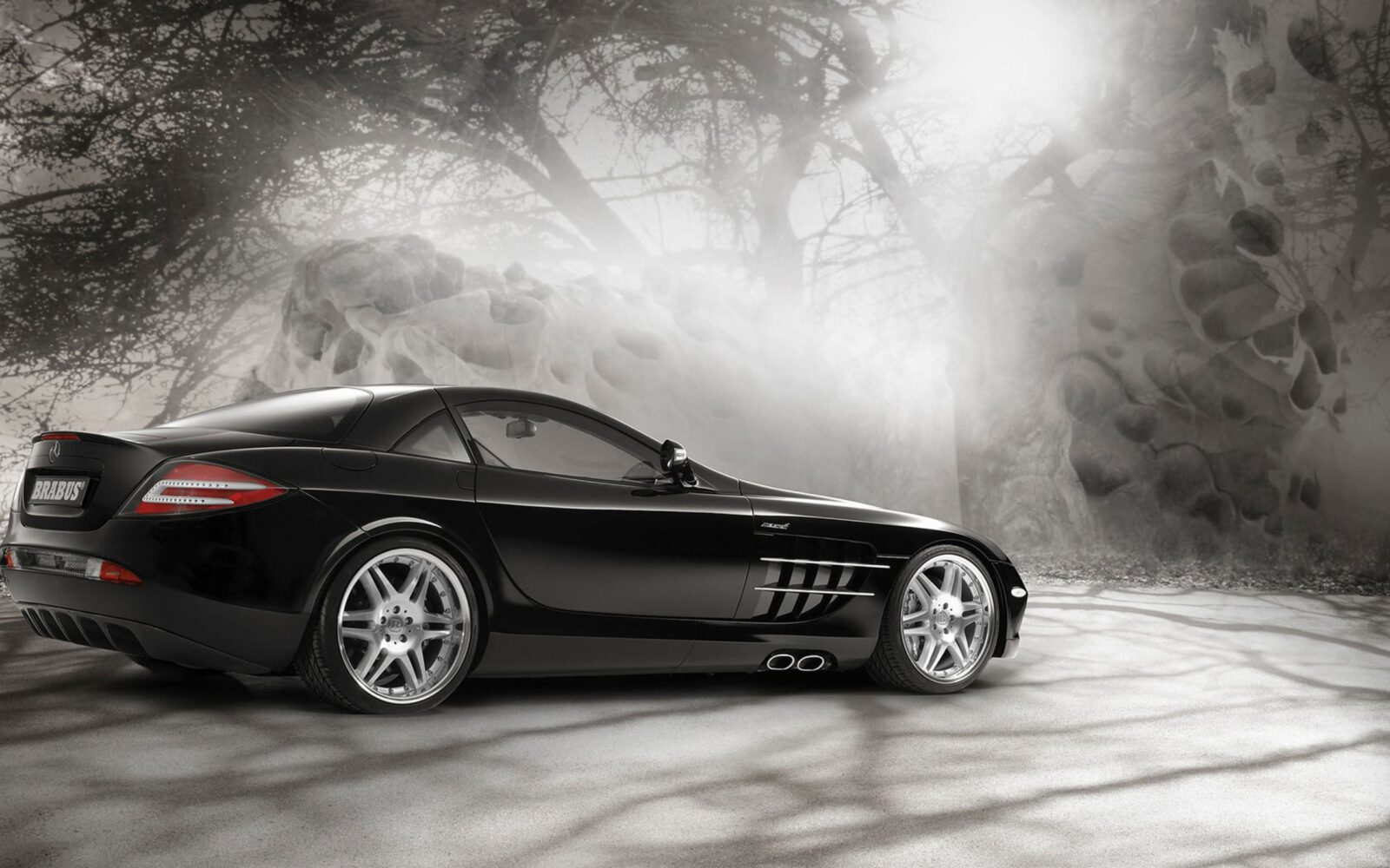 Mercedes Slr Mclaren on screensavers of porsche 911 cabriolet