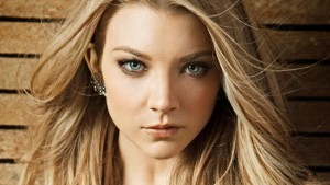 Natalie Dormer earrings photo