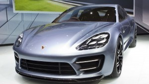 Porsche Panamera 2016 HD wallpapers