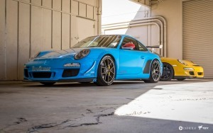 blue and yellow 2016 Porsche 911 GT3 High Quality wallpapers