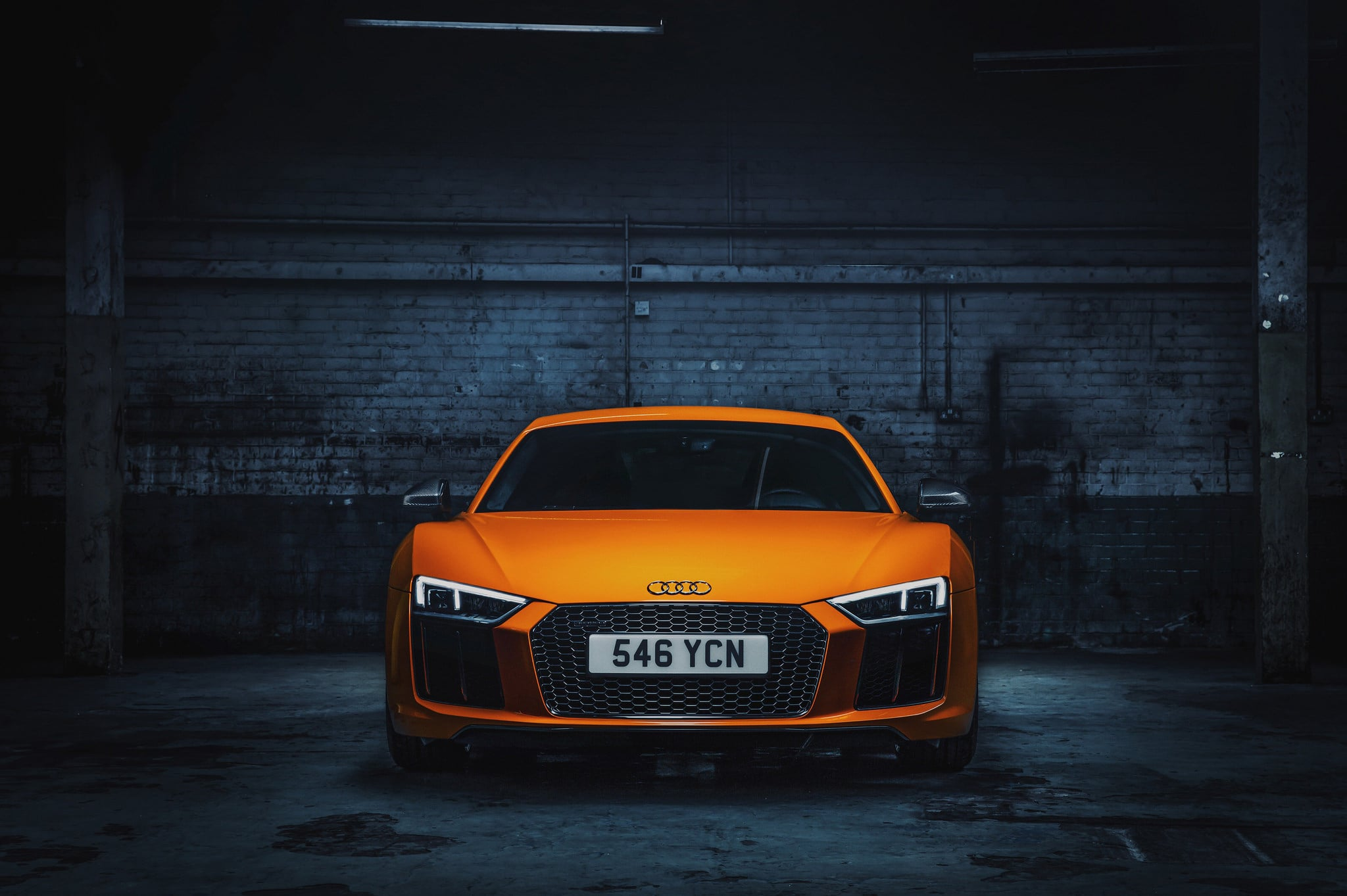 orange 2015 Audi R8 V10 Plus HD for desktop