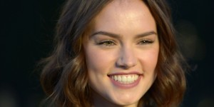 smile Daisy Ridley wallpaper 1080p