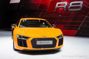 Wallpaper of yellow 2015 Audi R8 V10 Plus