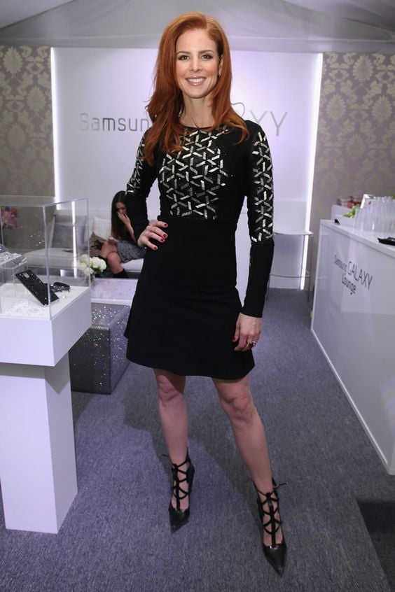 black dress Sarah Rafferty style pictures