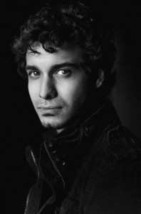 Image of iPhone Elyes Gabel