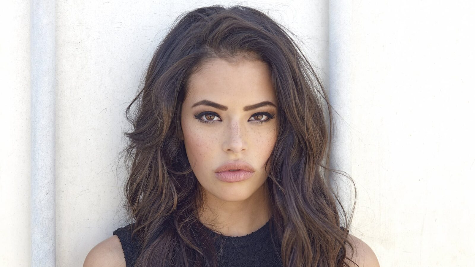 Chloe Bridges wallpapers