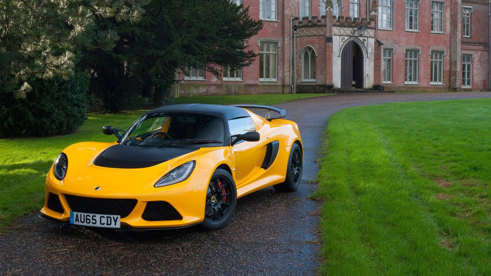 New 2016 Lotus Exige Sport 350 Yellow 2016 wallpaper
