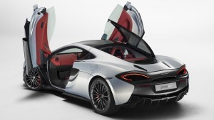 HD 2016 McLaren 570GT opened doors images