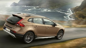 2016 Volvo V40 Cross Country picture