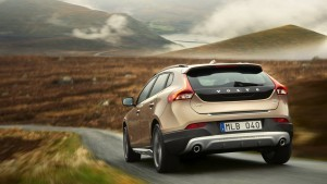 2016 Volvo V40 Cross Country HD wallpapers