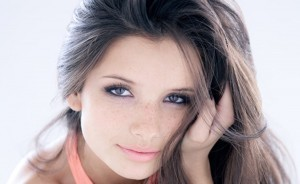 Cool Alice Greczyn makeup HD pic for PC