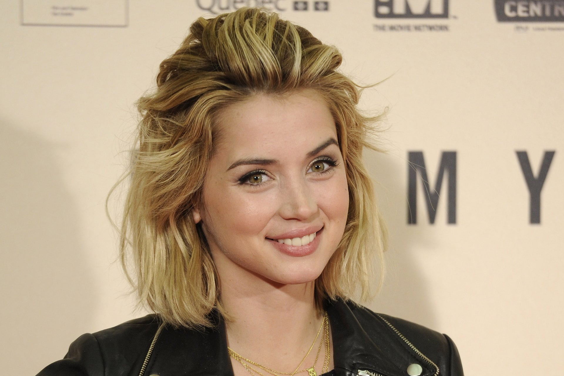 Ana De Armas HD Wallpapers For Desktop
