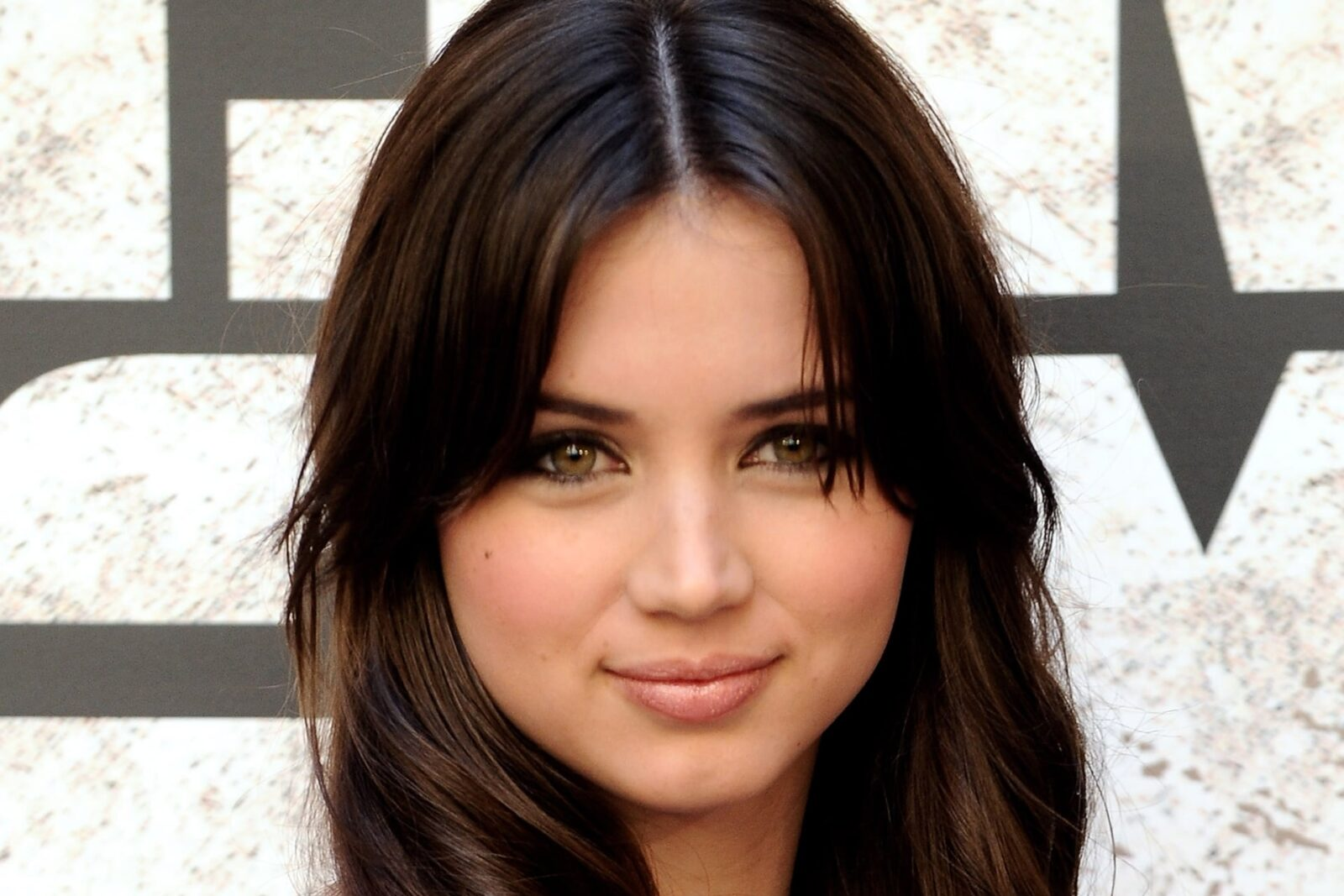 Ana De Armas HD backgrounds
