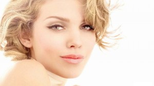 Annalynne McCord makeup background