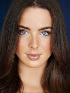 Amazing Ashleigh Brewer face lips eyes makeup picture