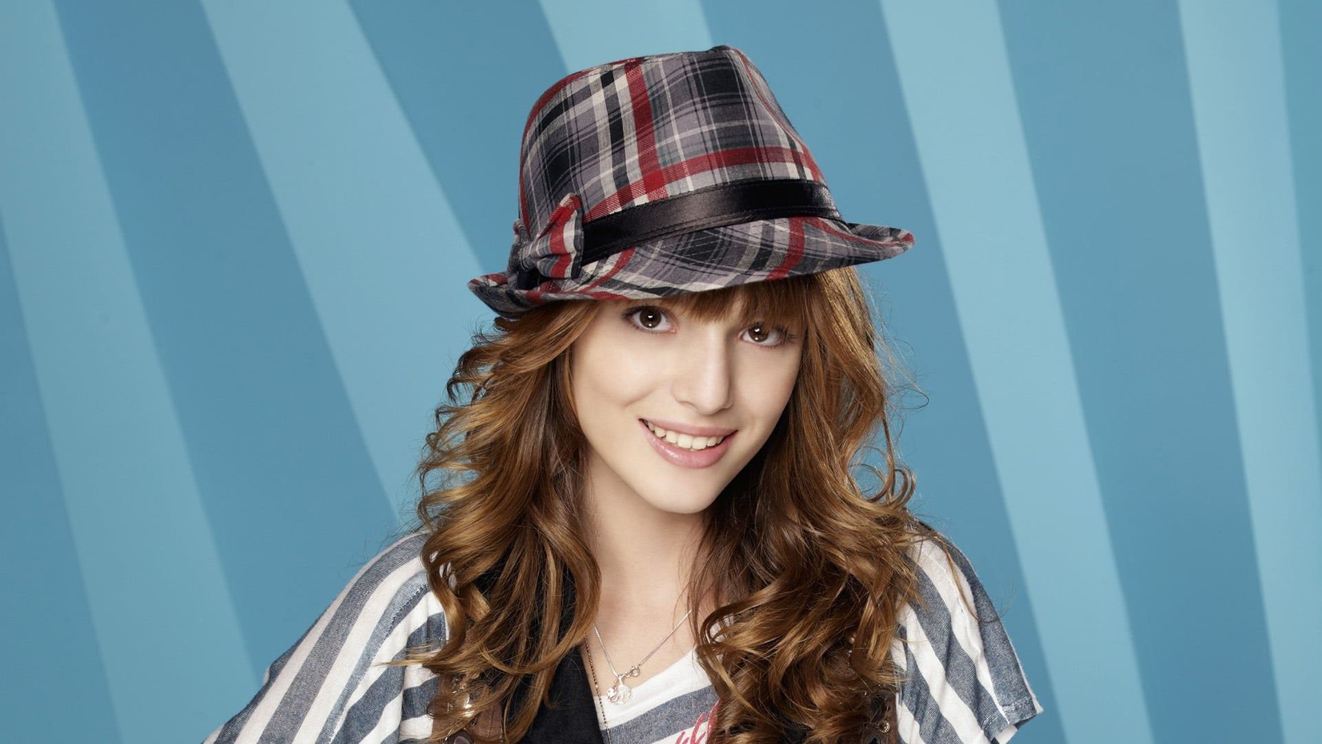 bella thorne hd wallpapers free download