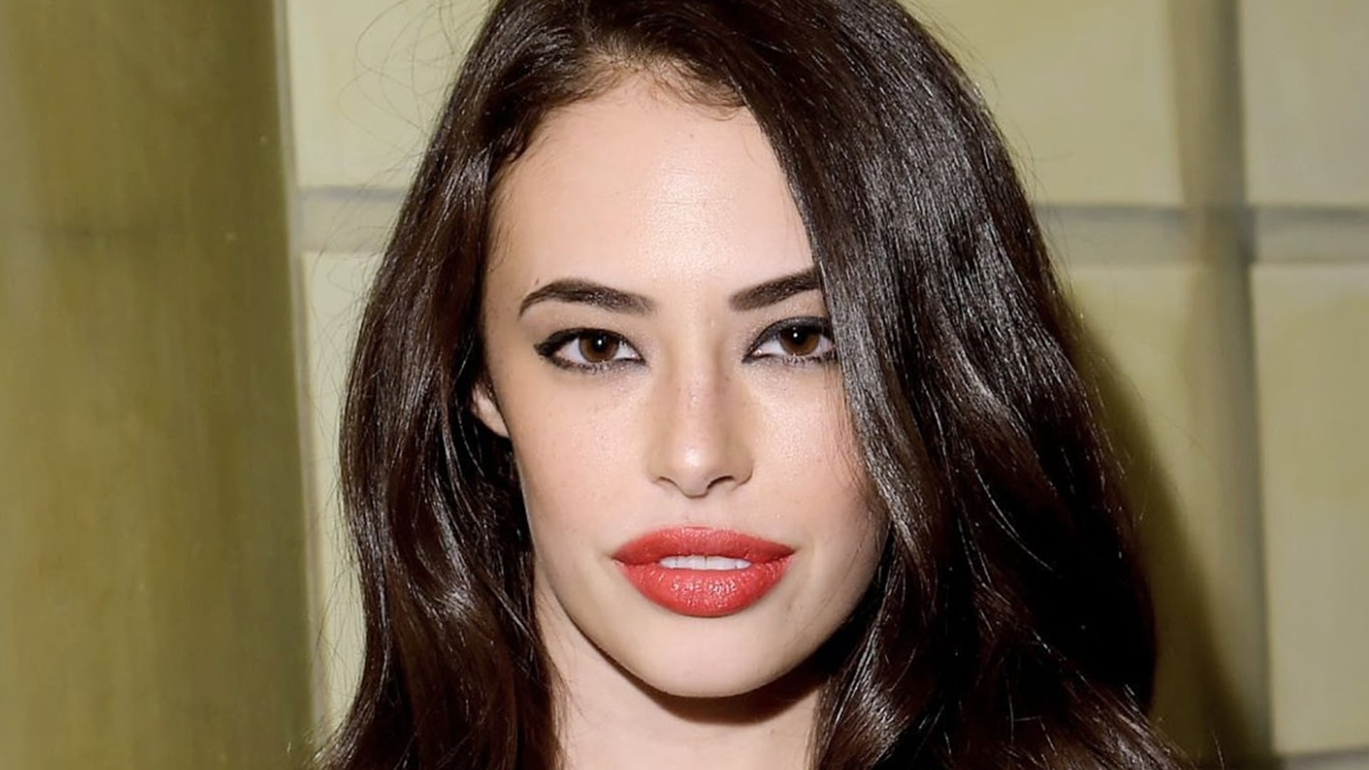 Hd wallpapers for android - Chloe Bridges Hd Wallpapers Free Download