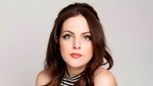 Wallpaper of Elizabeth Gillies for Laptop
