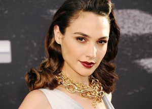 Best Gal Gadot necklace wallpapers backgrounds
