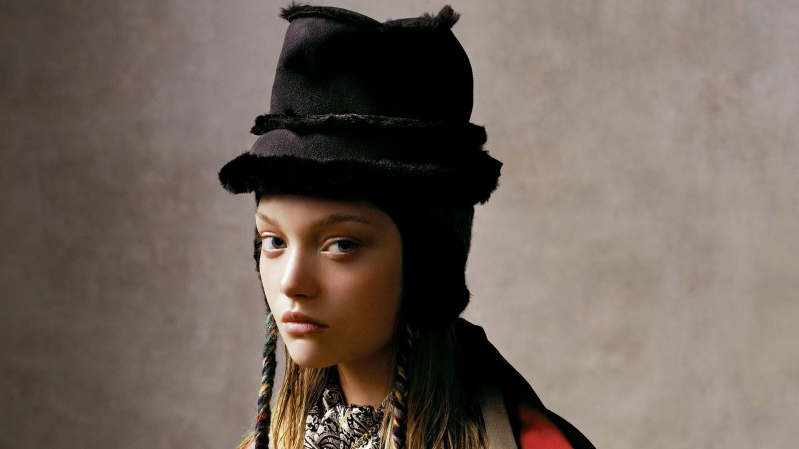 Wallpaper of Gemma Ward for iPad