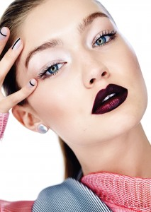 Awesome Gigi Hadid lips nails style picture