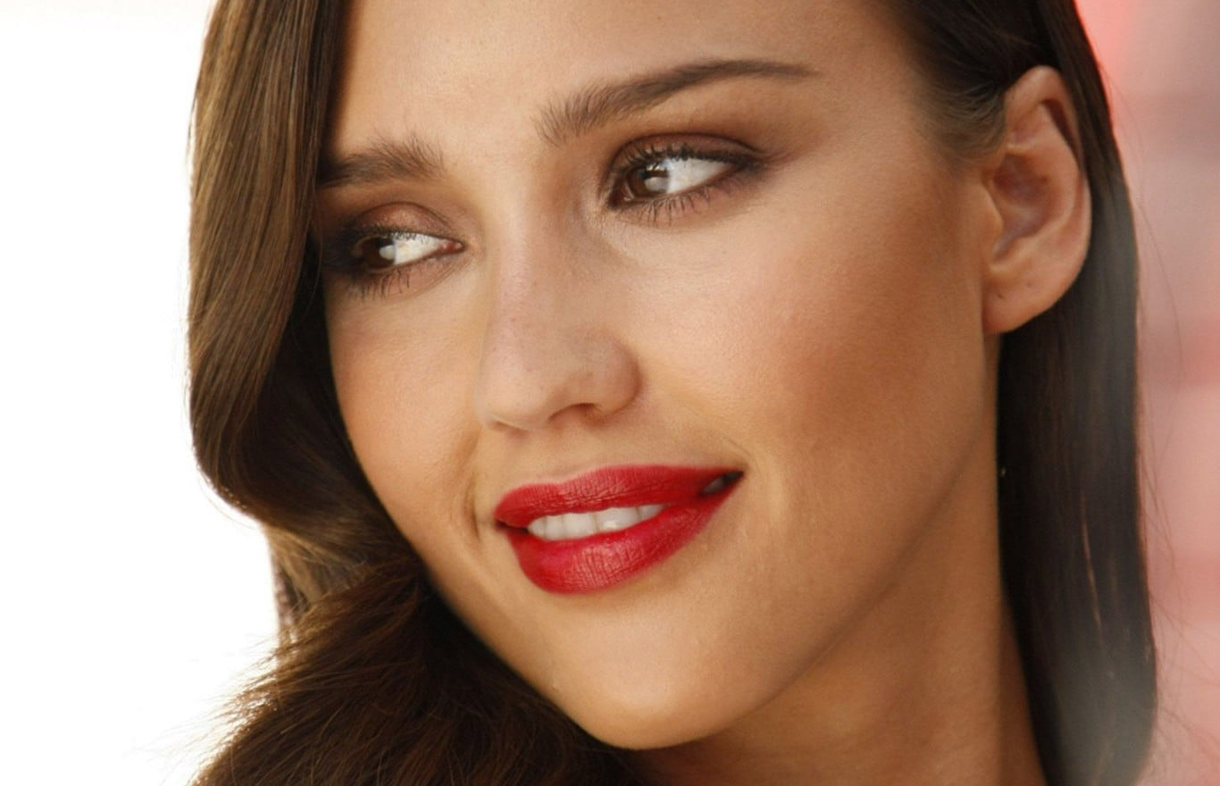 Jessica Alba lips full HD image
