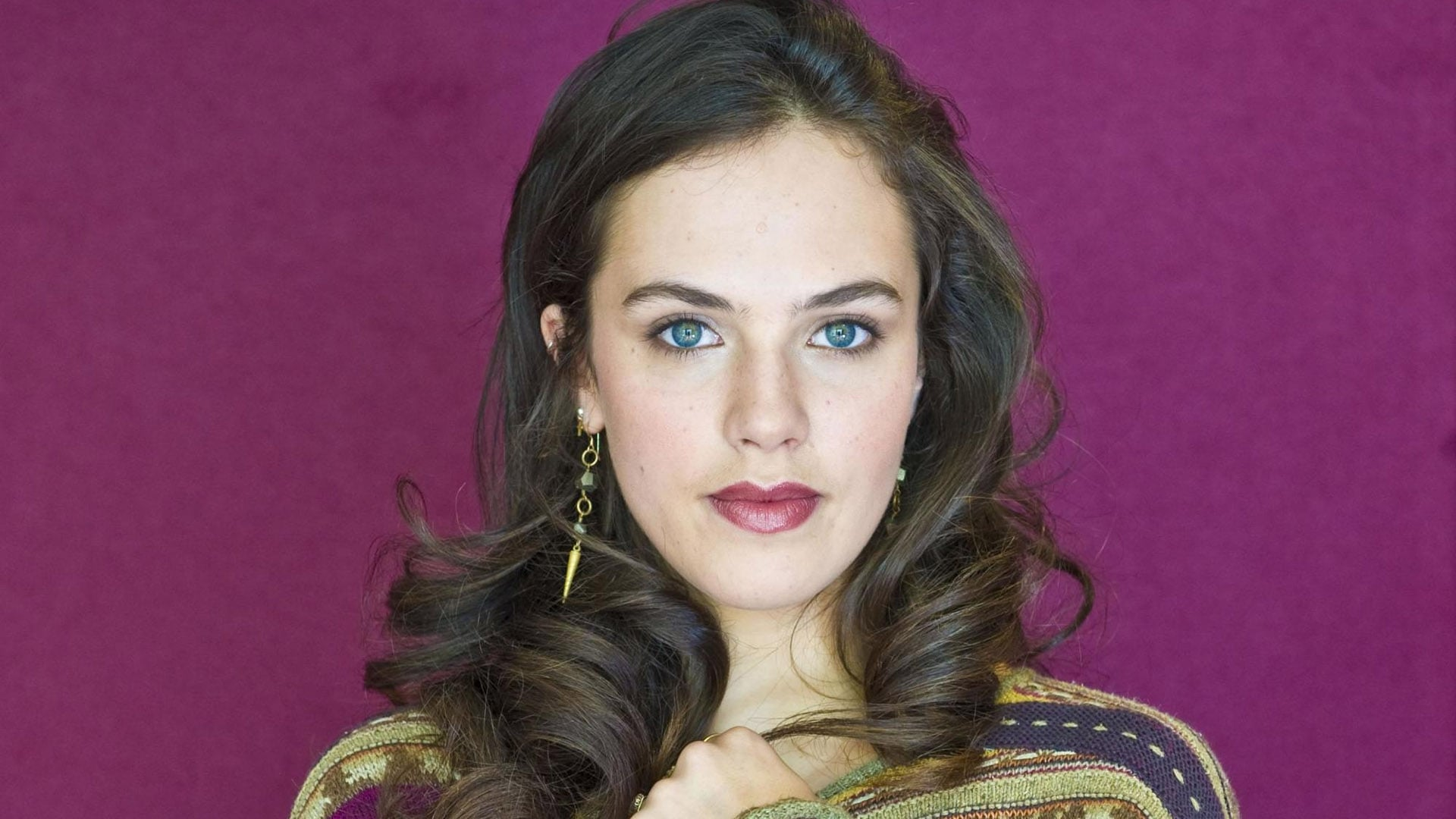 Jessica Brown Findlay ...
