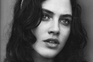 Jessica Brown Findlay bw walpapers for windows