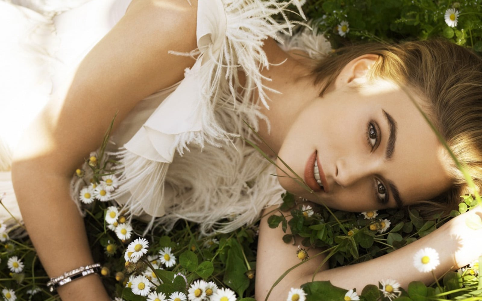 Keira Knightley walpapers for windows