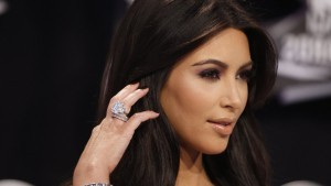 Kim Kardashian ring High Resolution wallpaper