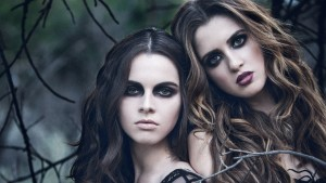 Laura Marano & Vanessa Marano photo