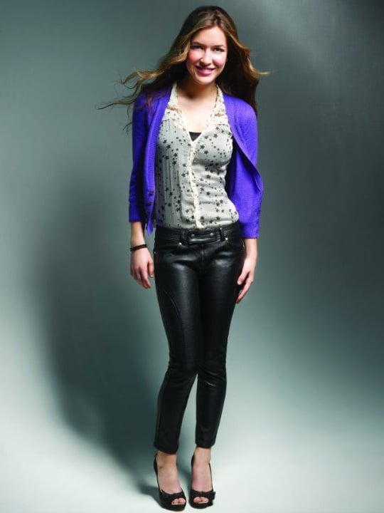 Nathalia Ramos style photo