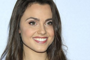 Poppy Drayton 1920x1080 wallpaper