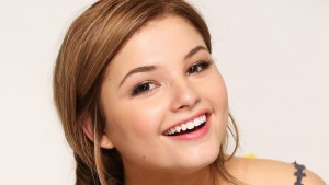 Pics of Stefanie Scott smile