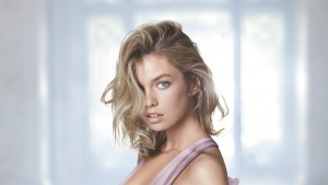 Stella Maxwell High Resolution wallpaper