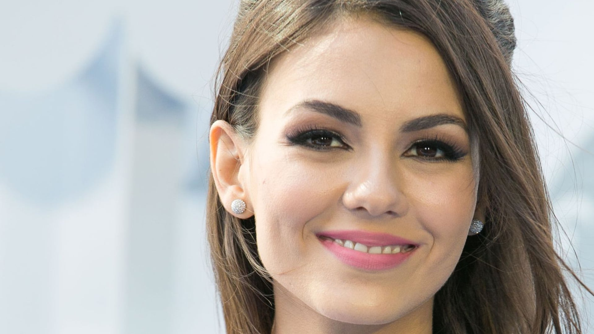 Victoria Justice new wallpapers